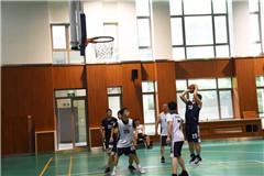 """激情篮球赛,精彩不可阻""""篮"""""""